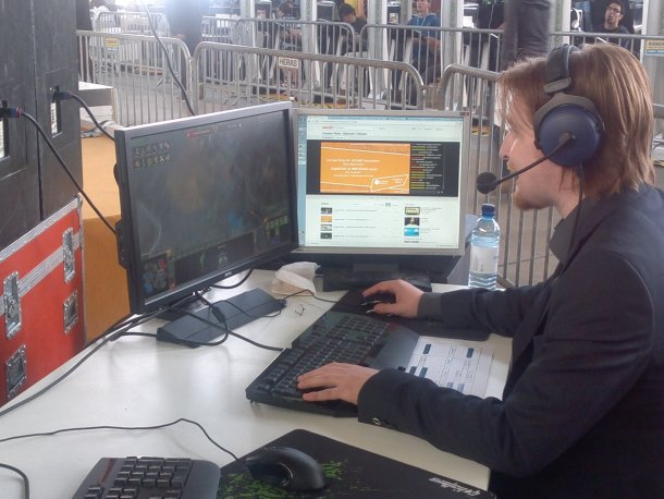 Campus Party Europe - Comentarista/jugador en la competición de videogamers