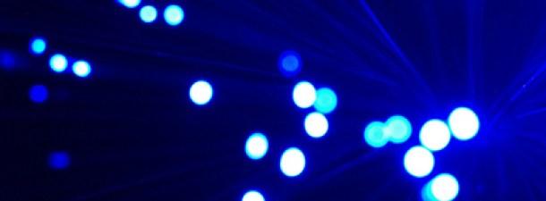 Nuevo récord de velocidad y latencia en fibra óptica