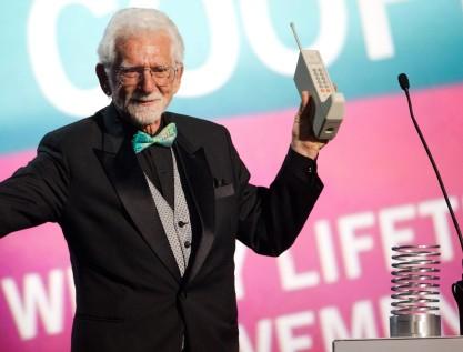 40 años de la primera llamada con un teléfono móvil