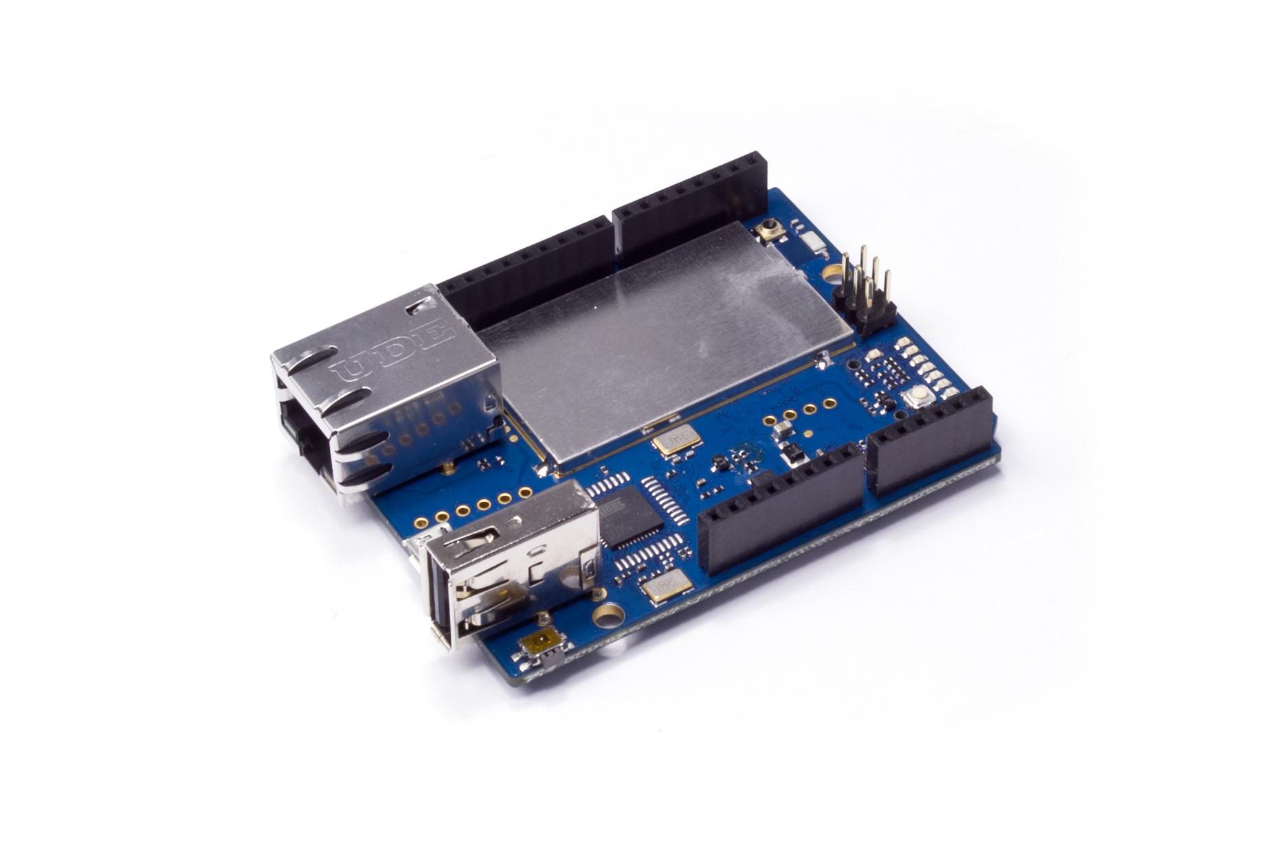Llega la primera placa de Arduino con WiFi y Linux