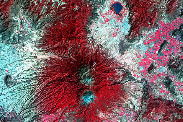 Landsat02_620