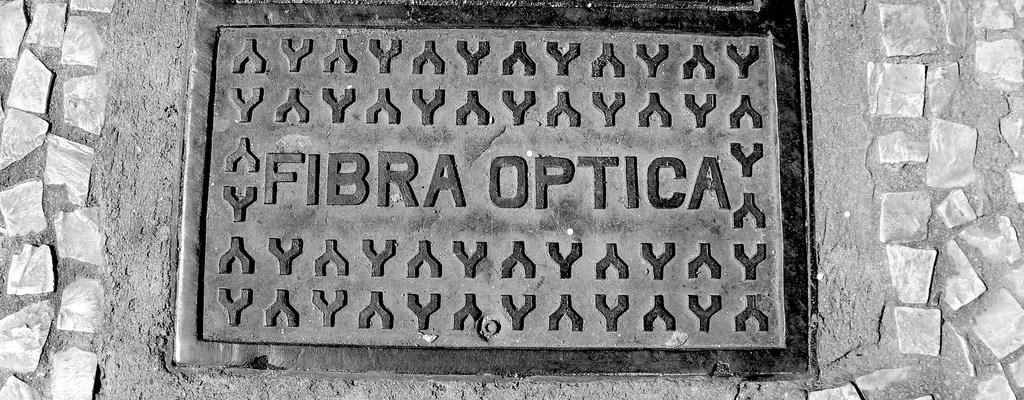 Arqueta de fibra optica
