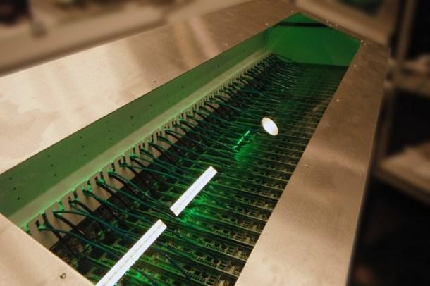 Servidores en aceite mineral (2) - Centros de datos sostenibles: optimizando la refrigeración de los servidores