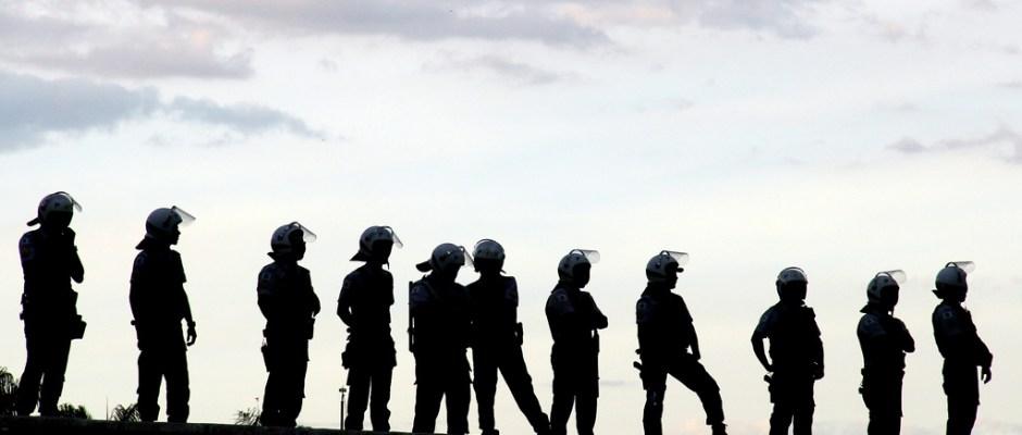Policía Nacional en redes sociales: a la caza del FBI en seguidores de Twitter