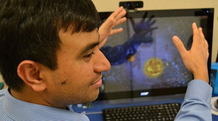Un sensor permite a los invidentes reconocer el entorno por gestos