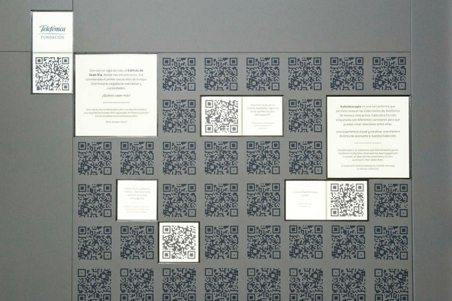 Kaleidoscopio: la sala de arte tecnológica envolvente