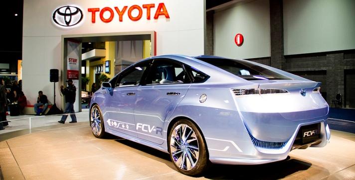 El primer coche con celdas de hidrógeno llegará de la mano de Toyota