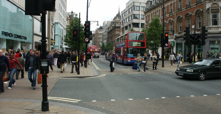 Londres comienza a implantar sensores de aparcamiento inteligentes