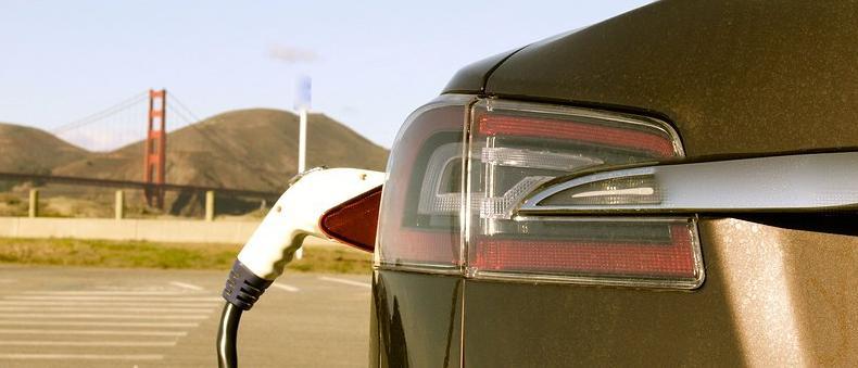 Las baterías en coches eléctricos se quedan sin su revolución