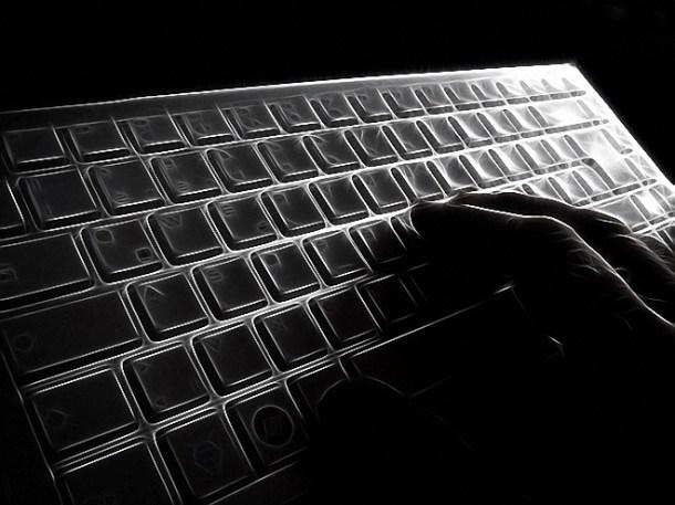 protección de datos encriptando información falsa