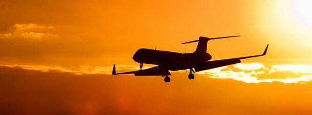 Navega mientras vuelas: conexión de alta velocidad en aviones