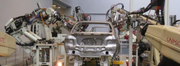 Toyota gana eficiencia aunando el trabajo de robots y trabajadores