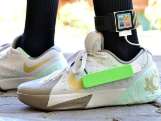 power-generating insoles