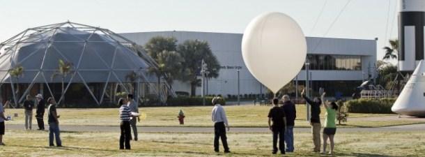 Tres jóvenes lanzan un nanosatélite en Florida gracias a Talentum Schools