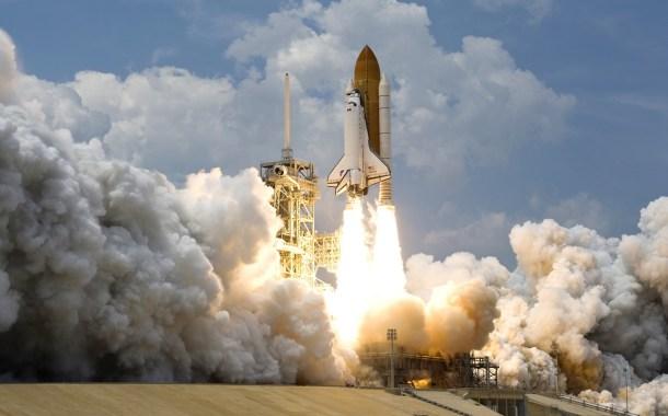 cohete lanzamiento espacial