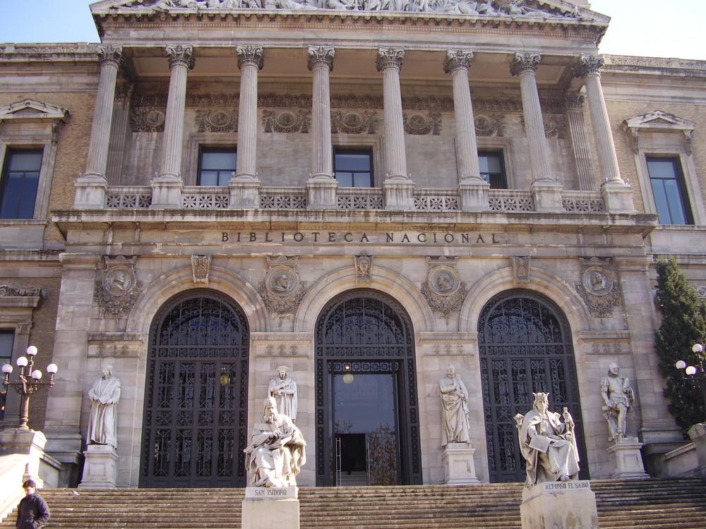 Telefónica impulsa la digitalización de los archivos de la Biblioteca Nacional
