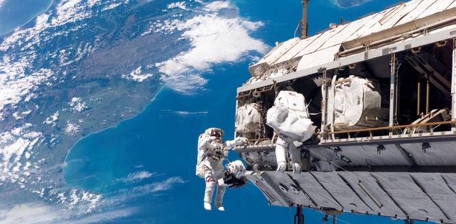 La NASA planea lanzar al espacio robots con smartphones