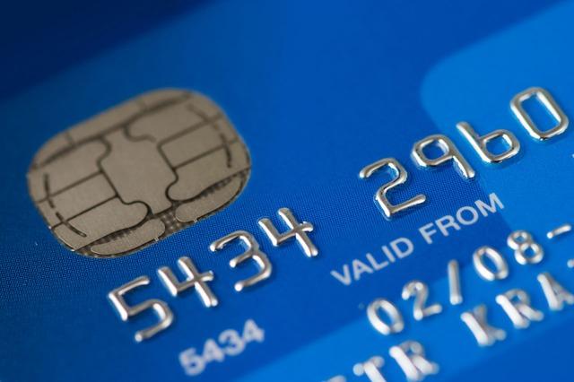 Mejorando la seguridad de las transacciones de tarjetas de crédito con Travel Alerts