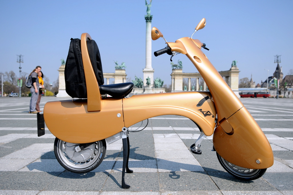 Moveo, un scooter eléctrico que además es plegable