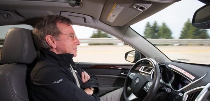 General Motors lanzará en 2016 un coche semiautónomo