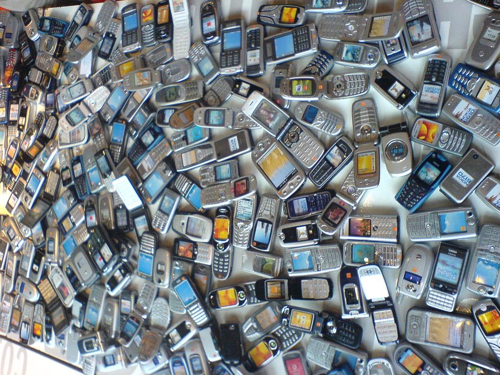 ¿Qué hacer con los teléfonos móviles que ya no usas?