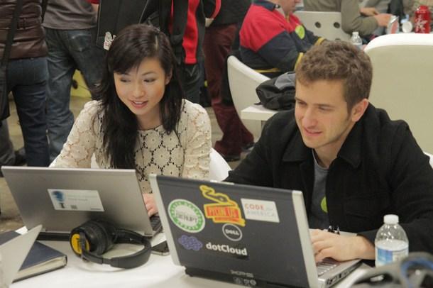 open source atrae talento