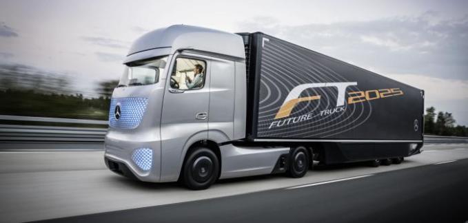 Mercedes muestra su sistema de conducción autónoma para camiones