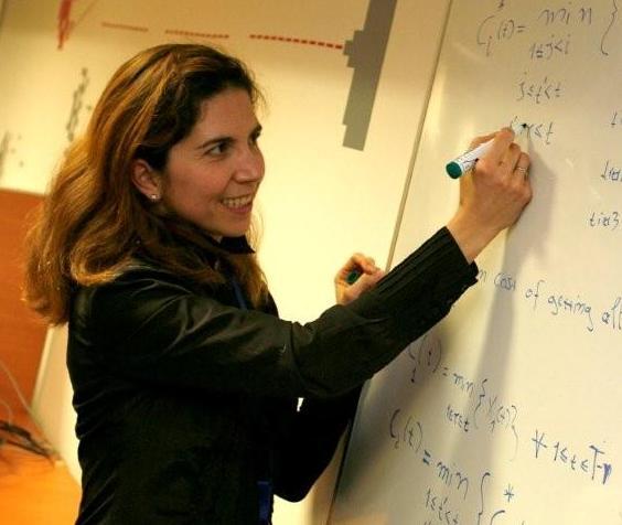 Nuria Oliver, referente mundial en informática móvil, Big Data e Inteligencia Artificial