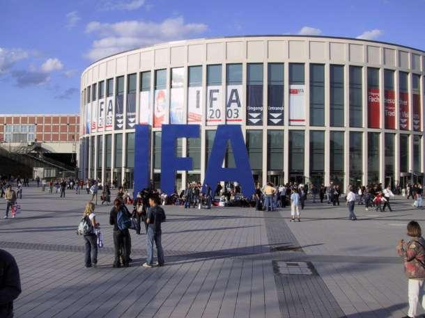Messe_Berlin_IFA_2003_Suedeingang