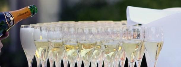 ¿Por qué el champán tiene burbujas? Y otras curiosidades sobre Nochevieja