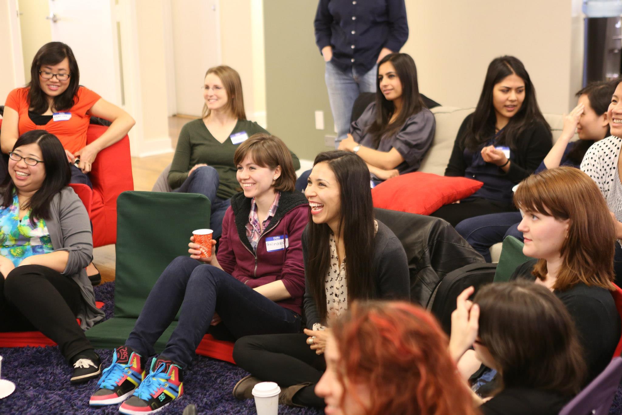 14 organizaciones que ayudan a las mujeres en la tecnología