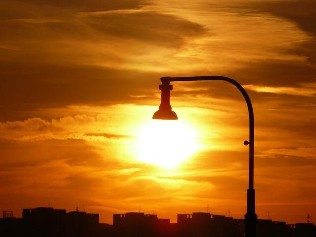 De Newton a la tecnología LED: hágase la luz en 2015