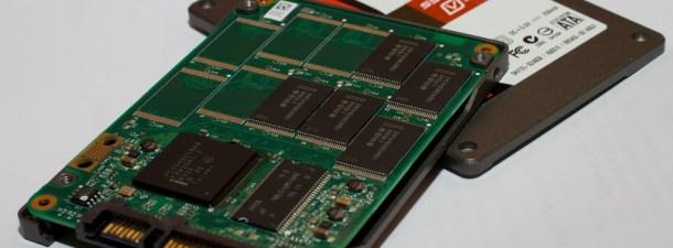 ¿Qué es una unidad de estado sólido (SSD) y por qué es mejor que un disco duro?