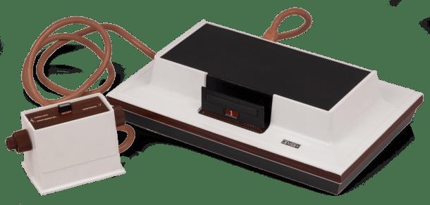 1024px-Magnavox-Odyssey-Console-Set