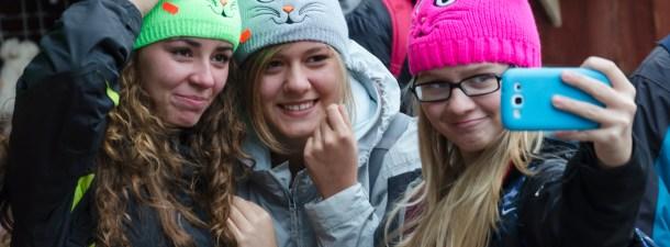 Tres formas de proteger a tu hijo adolescente de sus selfies