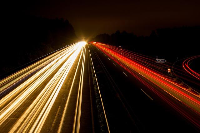 Ésta es la imagen histórica de la luz como onda y partícula