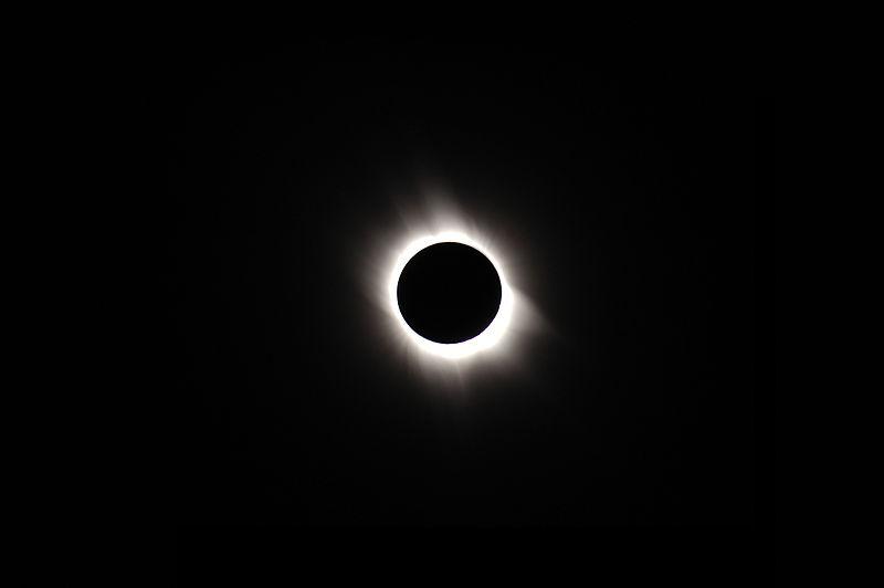 Cómo ver el eclipse solar del 20 de marzo sin perder ningún detalle