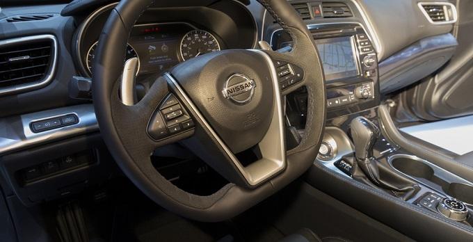 El CEO de Nissan confirma coches autónomos para 2020
