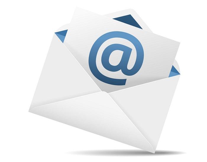 mandarme un correo