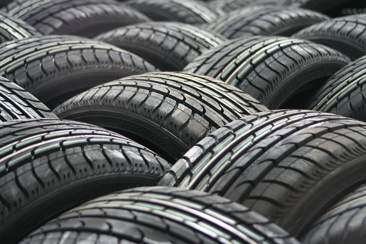Obtienen petróleo de calidad a partir del reciclaje de neumáticos usados