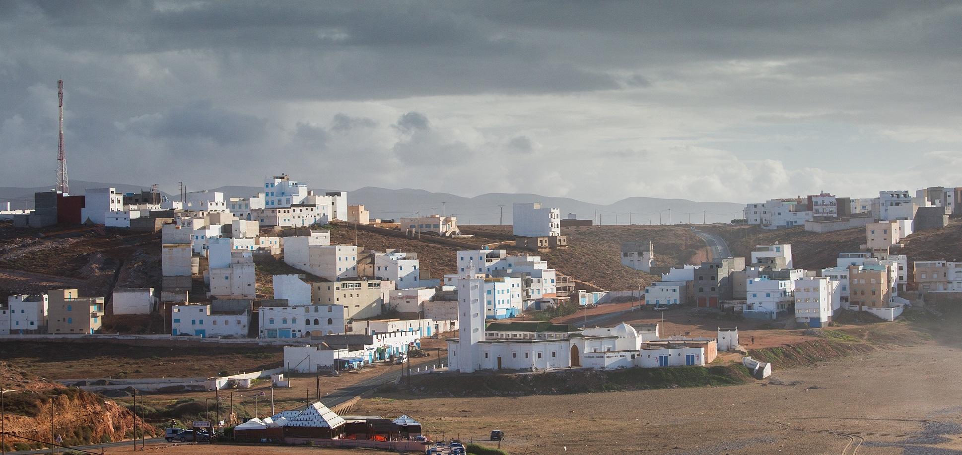 Así recogen agua a partir de la niebla en un pueblo de Marruecos