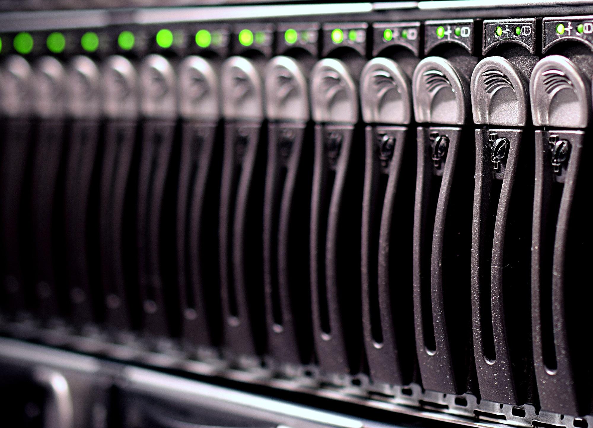 ¿Cuántos supercomputadores necesitaríamos para almacenar todo el ADN que hay sobre la Tierra?