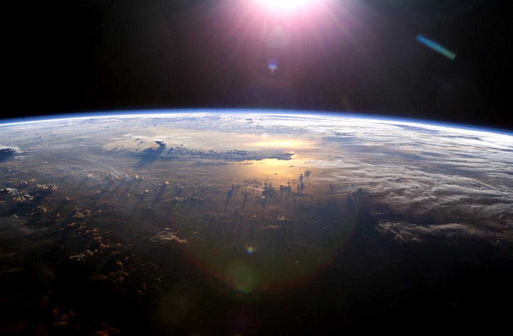 ¿Internet desde el espacio? Cada vez más cerca gracias a Elon Musk