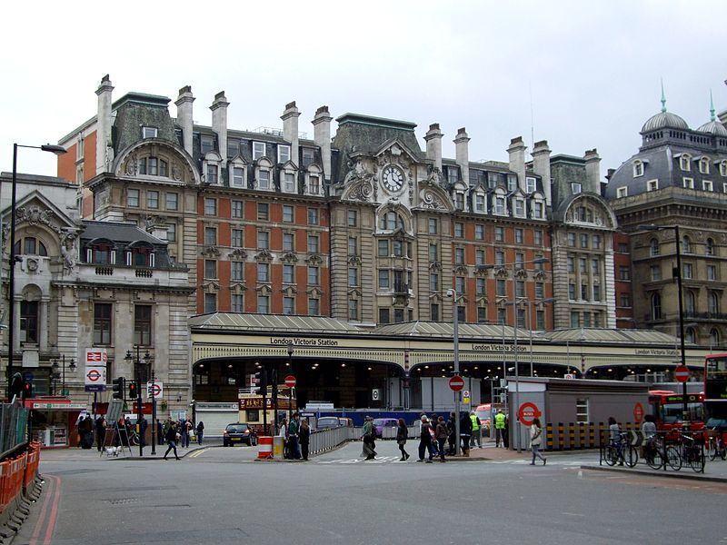 Los posos de café de estaciones londinenses se recogerán para producir biocombustibles