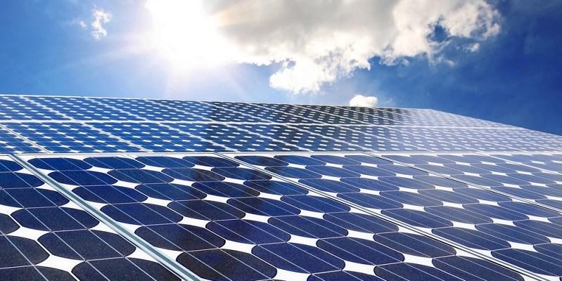Aeropuerto que funcione con energía solar