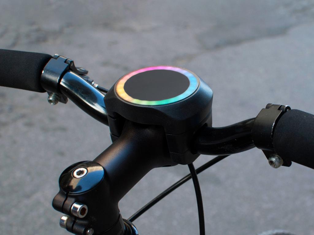 Convierte tu bicicleta en un vehículo inteligente con este gadget revolucionario