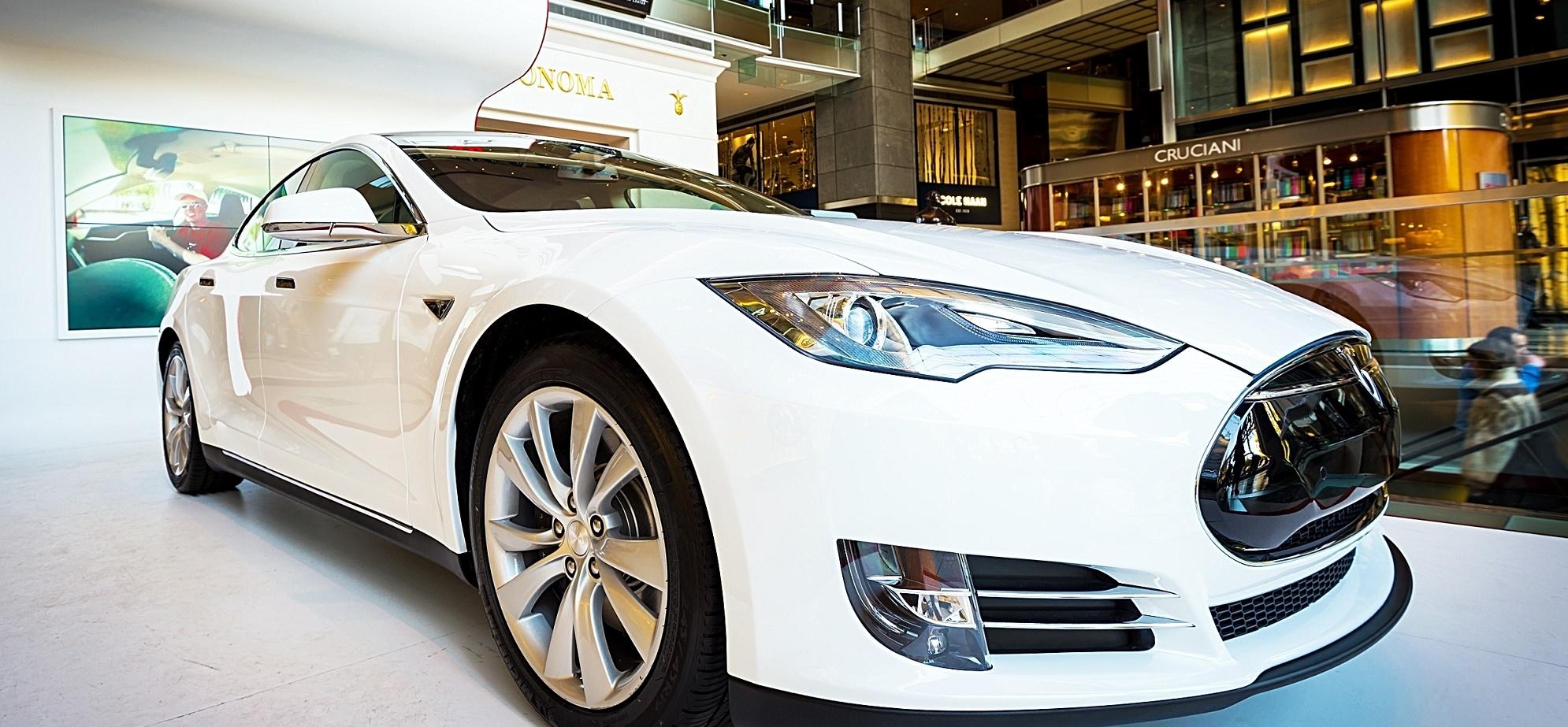 El coche fantástico chino que rivaliza con el Tesla Model S