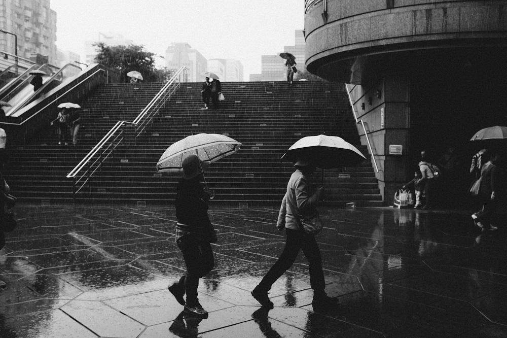 El plan de China para generar lluvia en las regiones áridas