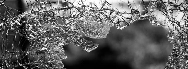 Científicos japoneses desarrollan un cristal irrompible