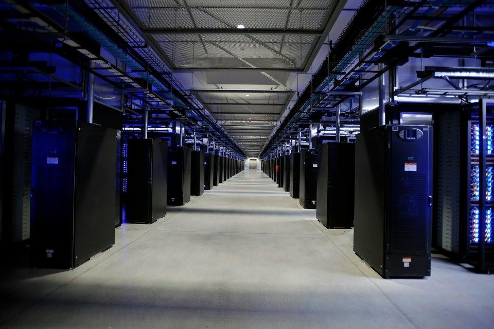 El Blu-Ray no está muerto: Facebook lo usa para almacenar casi 1.000 millones de fotos al día